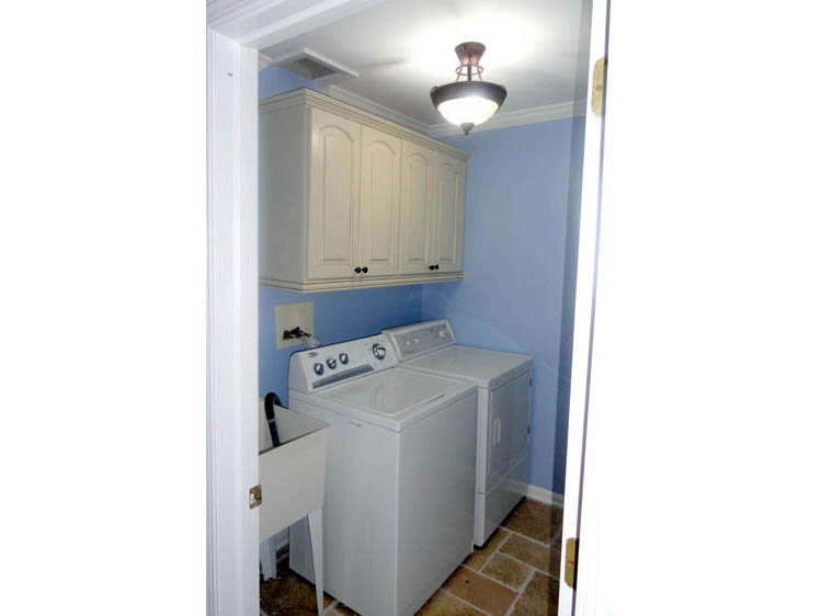 Laundry Room - Gap, PA